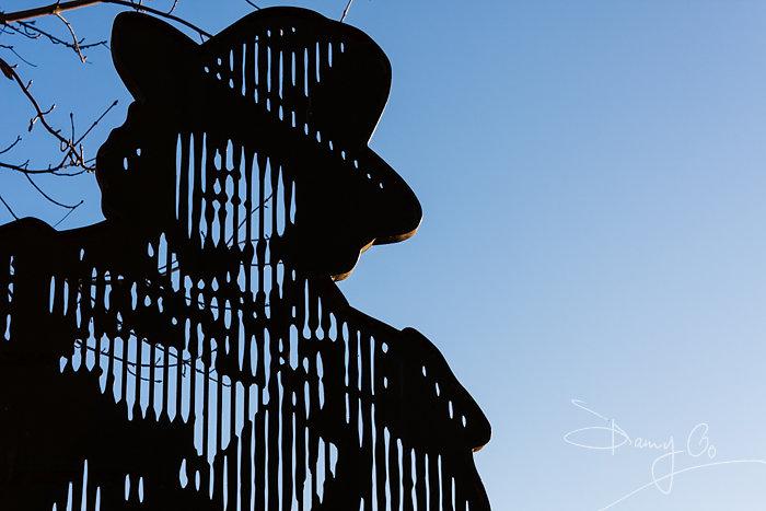 Oscar Wilde memorial gate